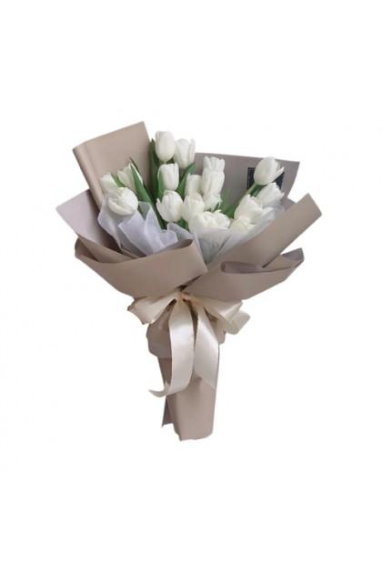 HB224 White Tulip