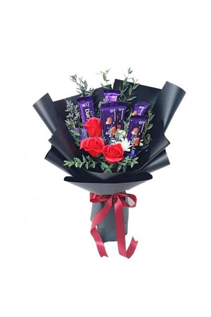 HB08934 Rose & Chocolates