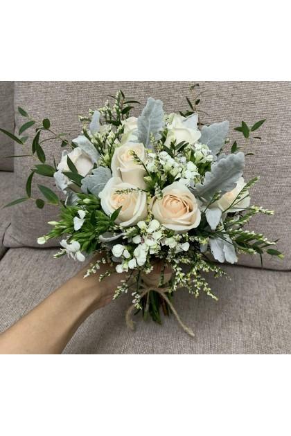 BB047 Cream Rose Wedding Flower