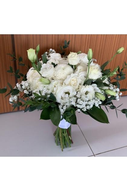 BB049 White Rose Bridal Bouquet